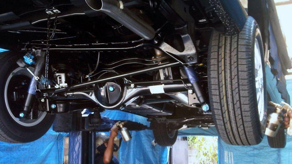 Антикоррозионная обработка днища авто