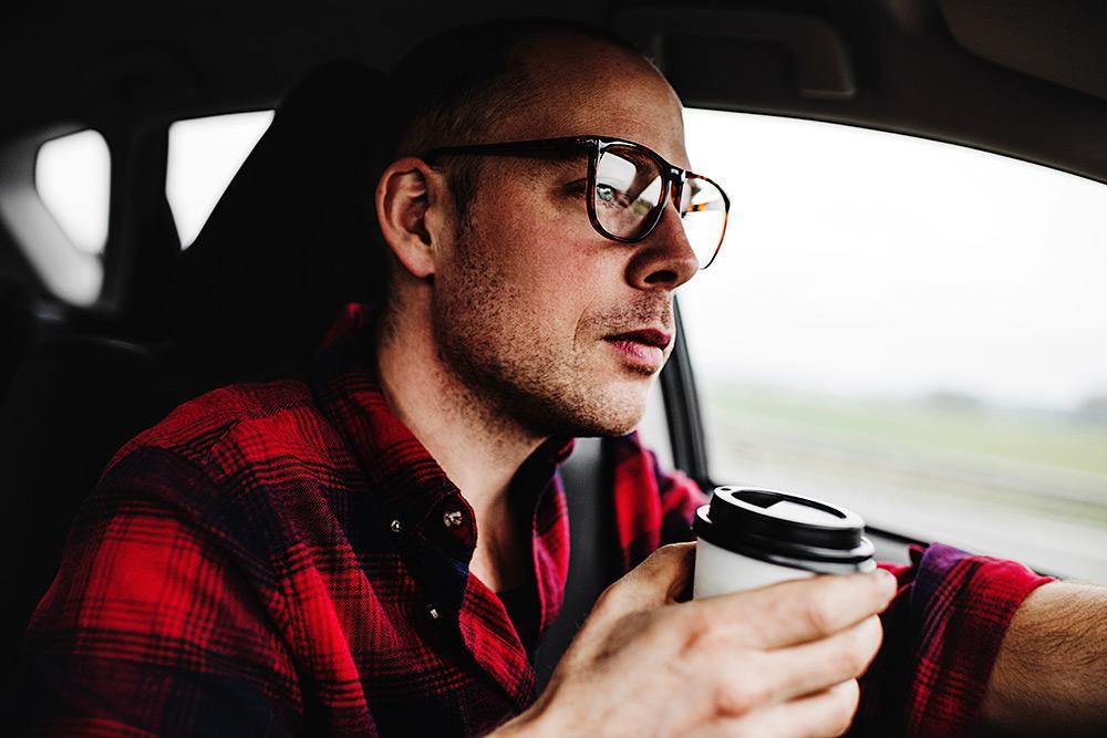 Кофе за рулем чтобы не уснуть