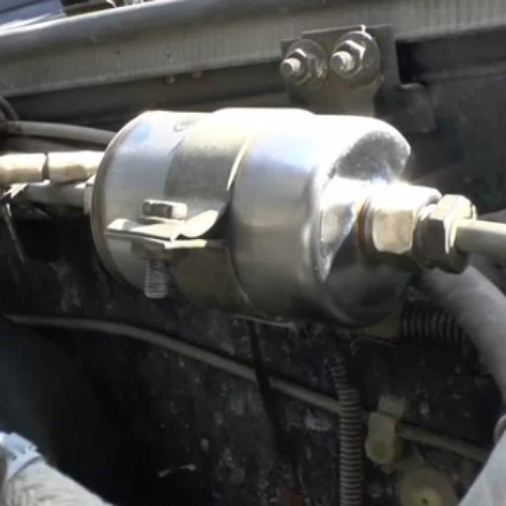Как заменить топливный фильтр Ваз 2107